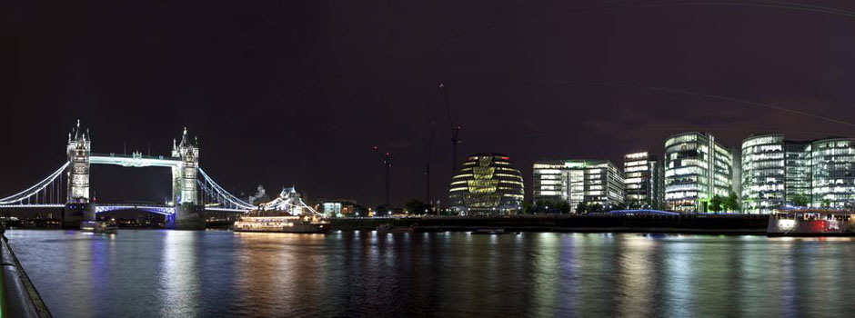Corporate Law - View of London, Britain's Night and Tower Bridge